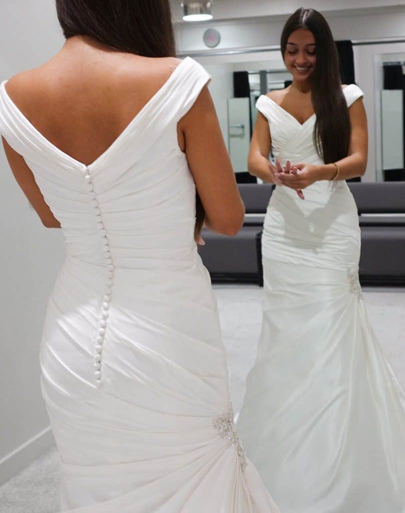 Budget Wedding Dress Designers Uk