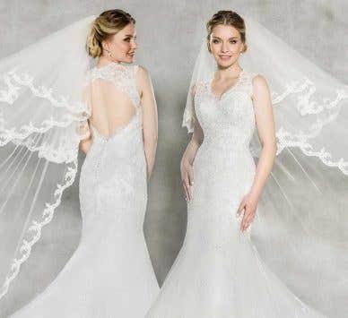 Spotlight on… a vintage lace wedding dress!
