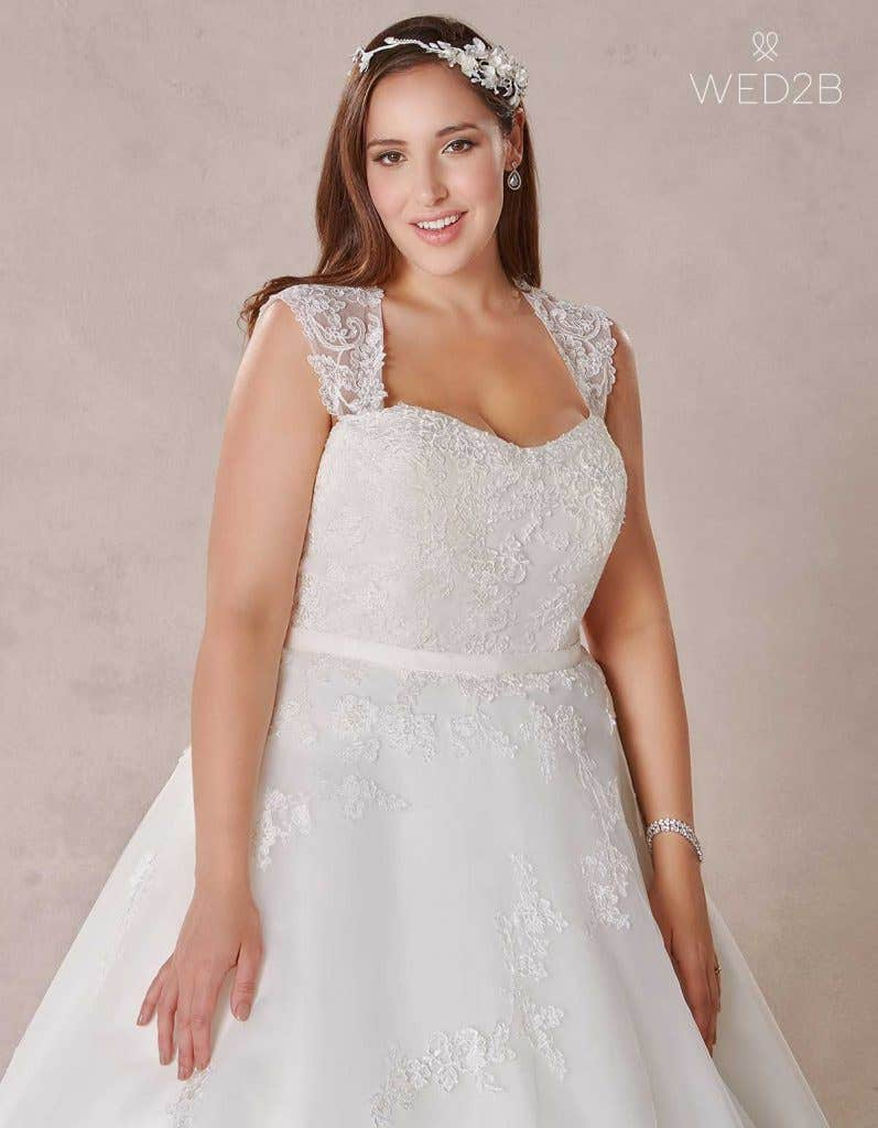 Brilliant bridal underwear for every style of dress - Serena