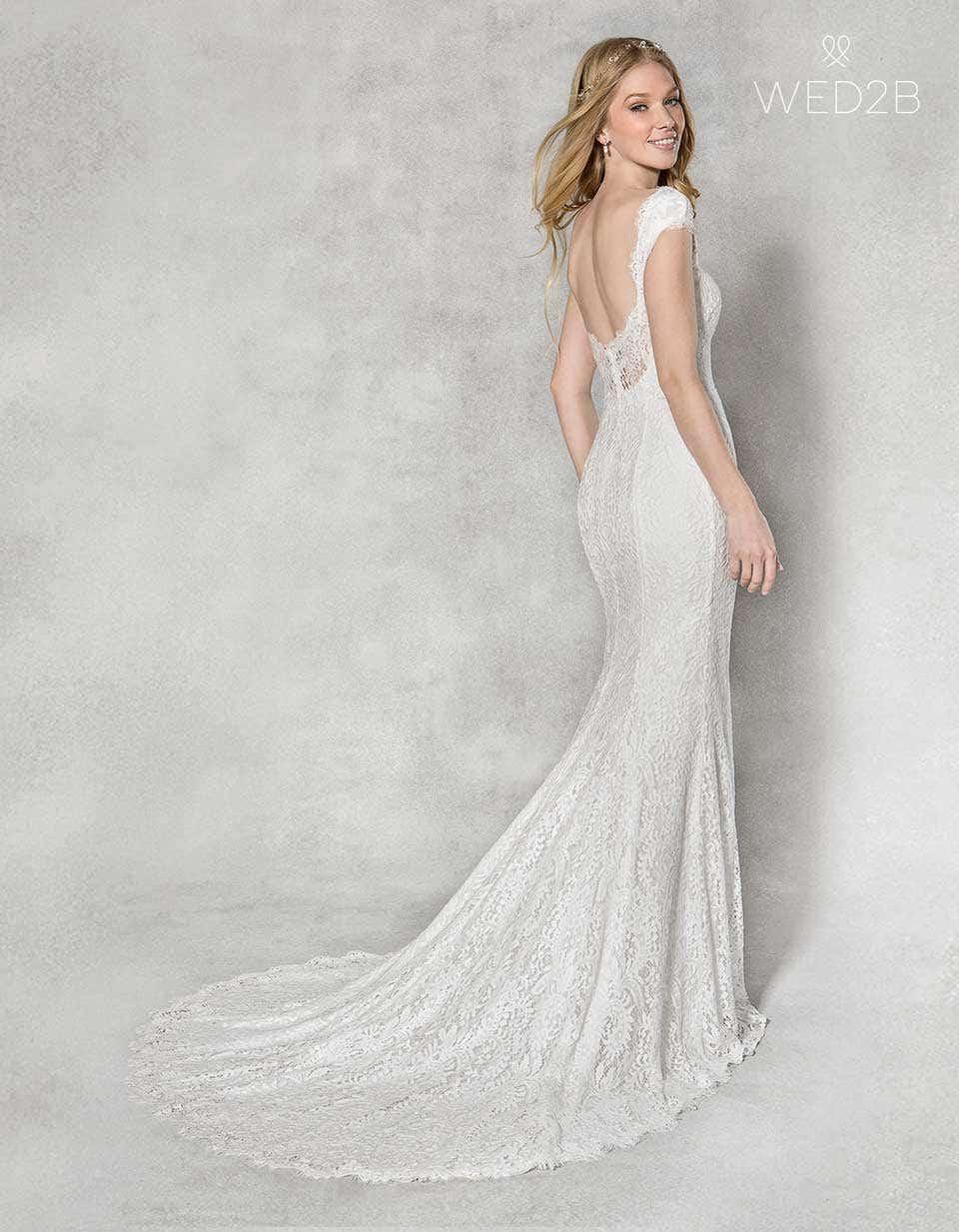 Summer-Embroidered wedding dresses