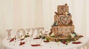 Real Weddings Northampton: Zoe and Ben's alfresco celebration