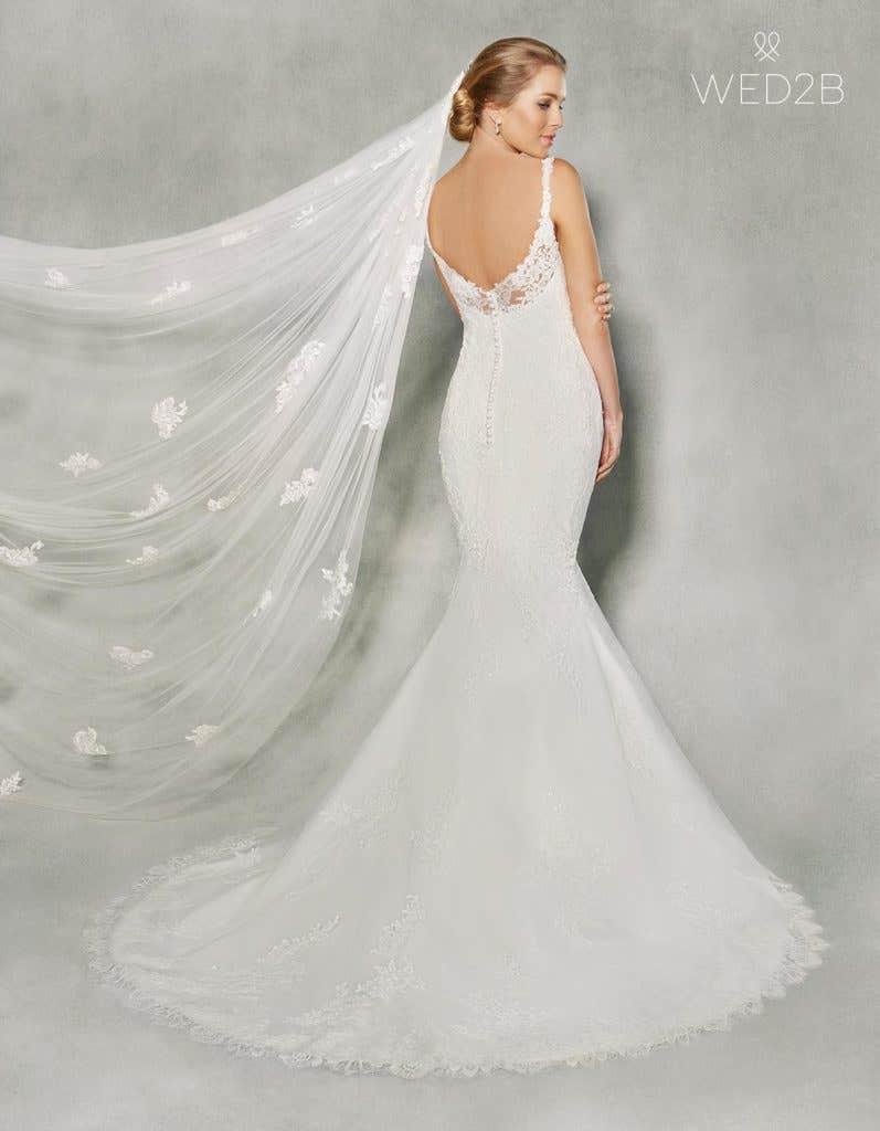 Classic Wedding Gowns - Lavinia