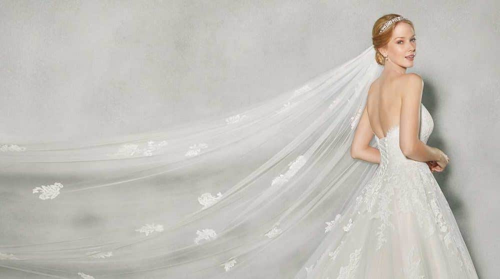 Coloured wedding dresses with wow factor