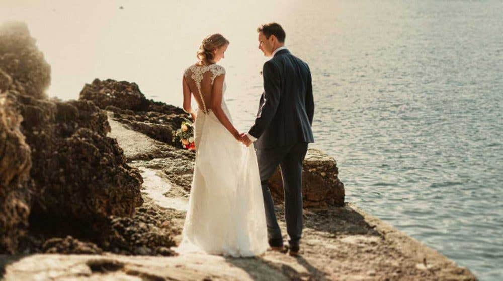 Real Weddings Norwich: Magda and David's intimate destination wedding
