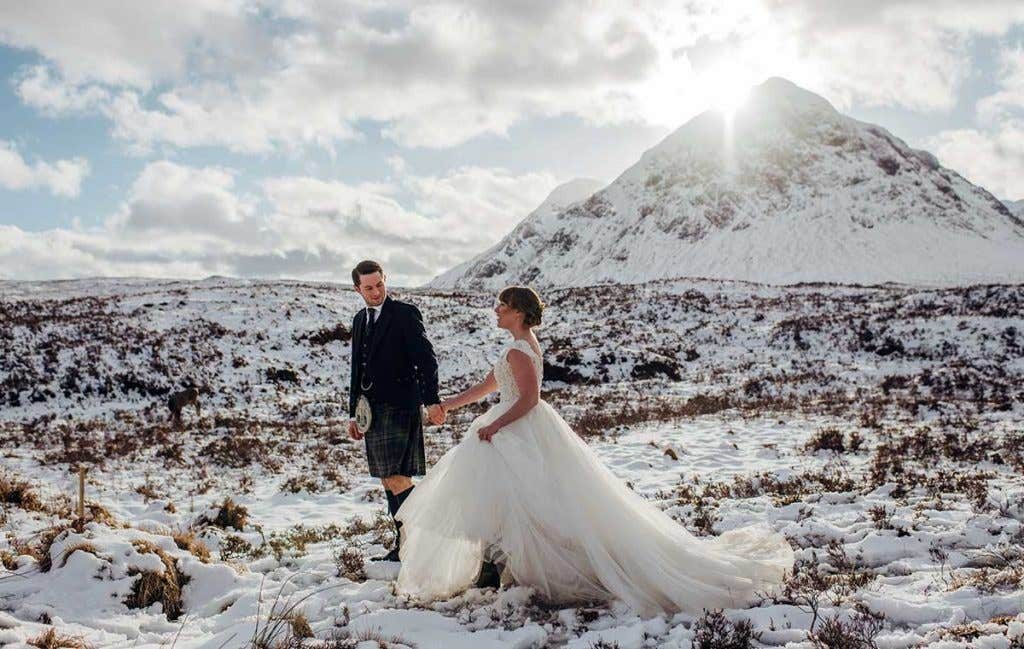 Real Weddings Glasgow: Ross and Lanette's snowy Highland wedding