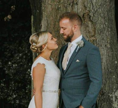 Real Weddings Bromley: Jade and Paul's gorgeous but rainy wedding day!