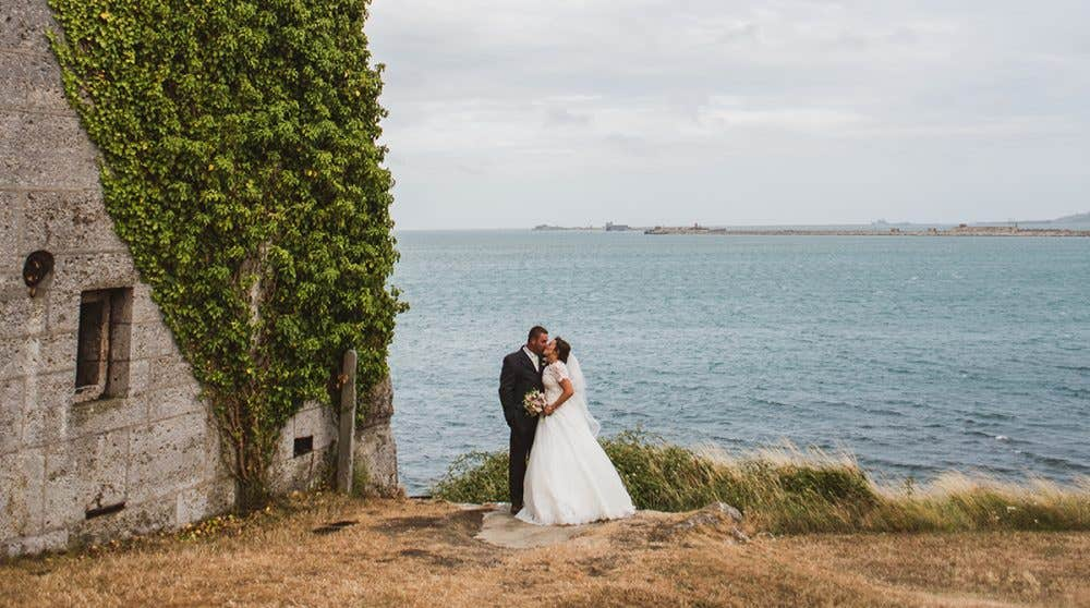 Real Weddings Southampton: Kate and Stuart's stylish church wedding