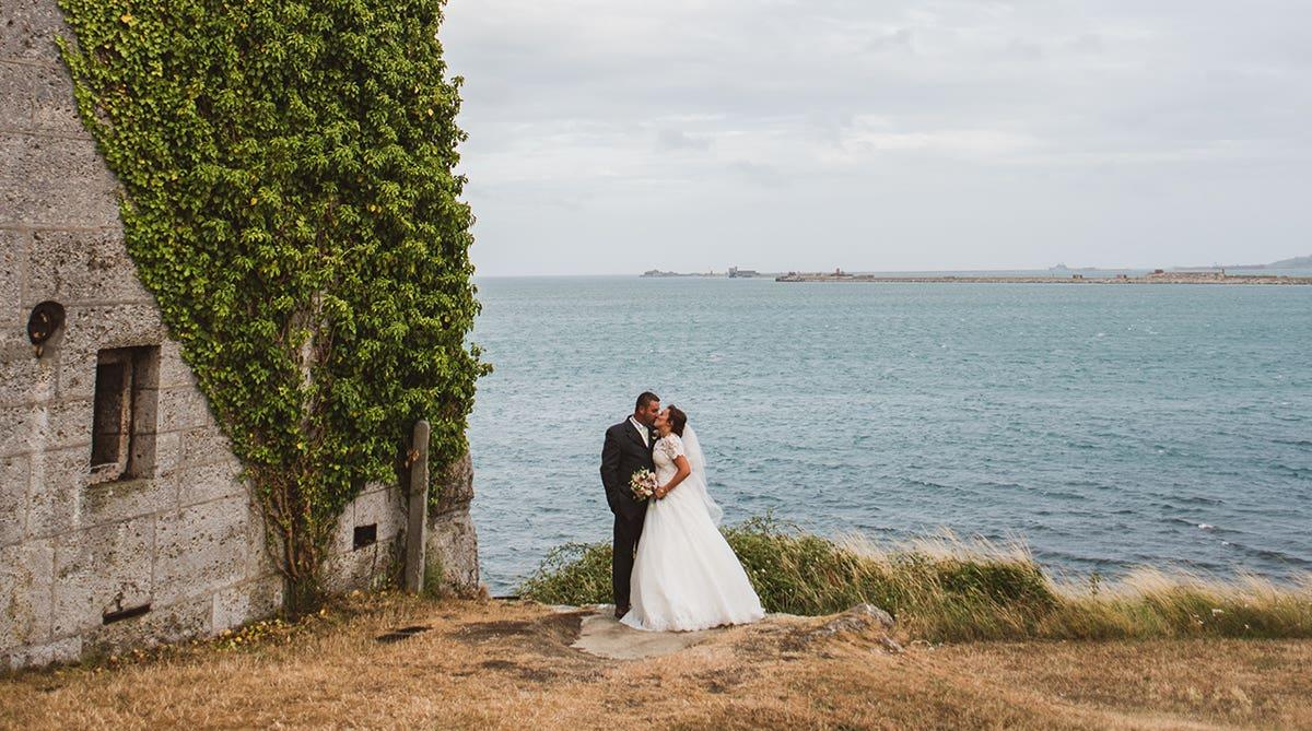 Real Weddings Southampton: Kate and Stuart's stylish church wedding