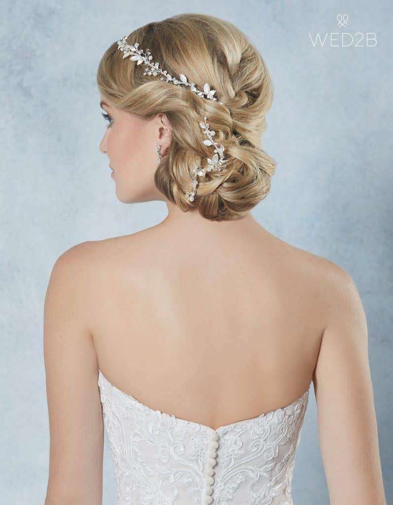 Breathtaking new bridal hair jewellery - Calli