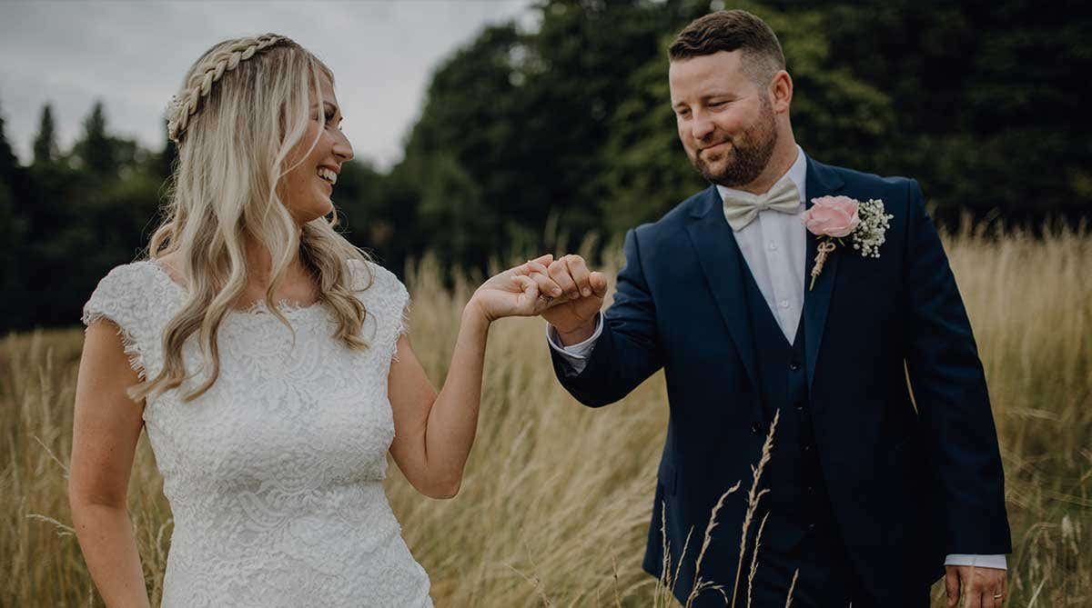 Real Weddings Liverpool: Jessica and Danny's intimate town hall wedding