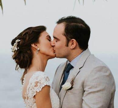 Real Wedding Abroad: Zenab and Jose's Caribbean celebration