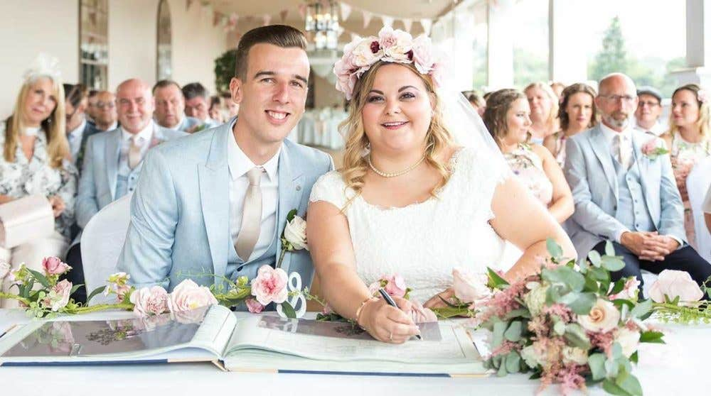 Real Weddings Southampton: Charlotte and Kieran's stylish rose gold wedding