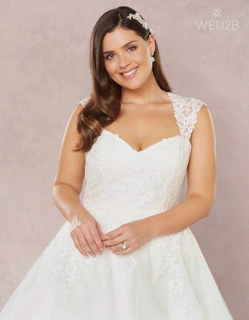 6a2470abb00 Brand new plus size wedding dresses… - Annie