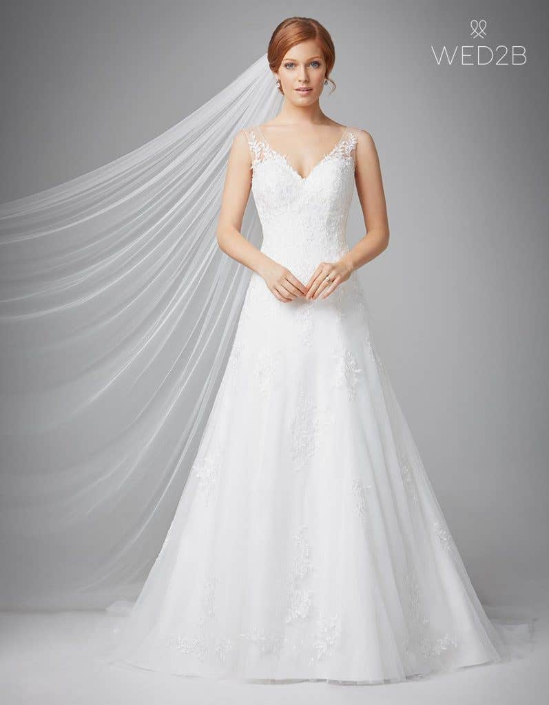 Sensational wedding dresses with straps - Emma