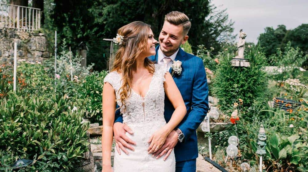 Real Weddings Brighton: Sally and Matt's beautiful hotel wedding