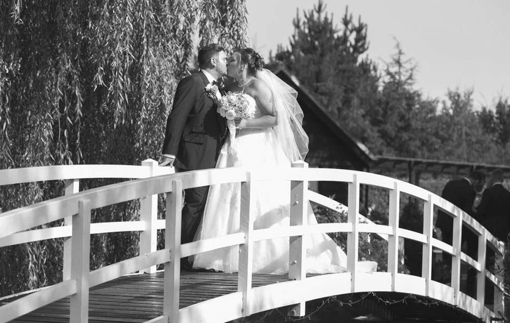 Real Weddings Chelmsford: Drinking, dancing and delicious Turkish food - Serena