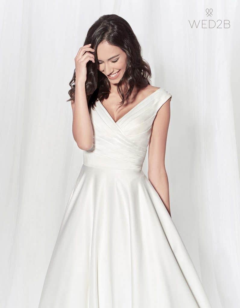 Tara - elegant wedding dress