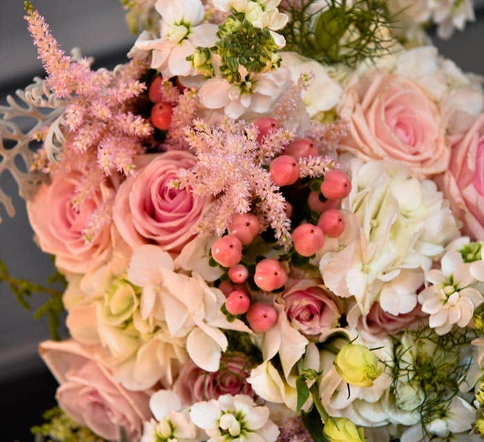 Meet the suppliers: The wedding florists - Jan Lima Flowers