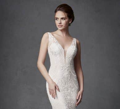 Discover the perfect high fashion wedding dress