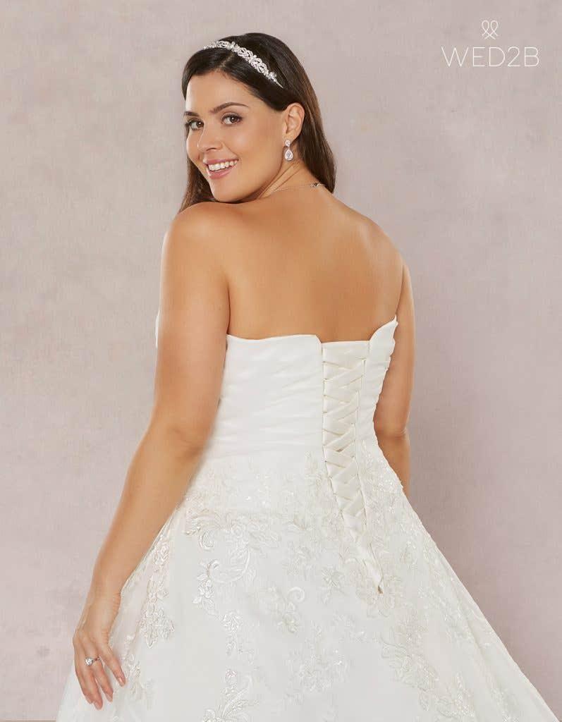 Close-up back view of Estelle, a princess wedding dress