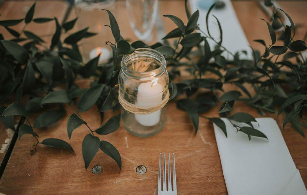 DIY bride Elizabeth table decorations
