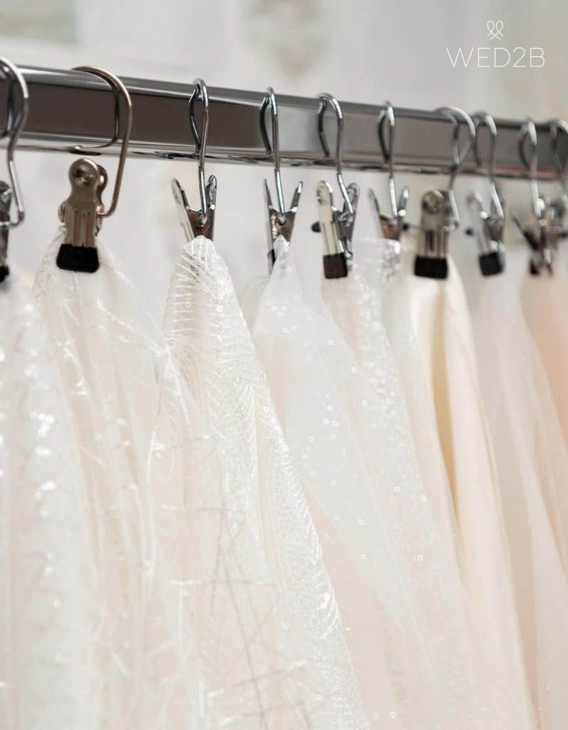 Fabric choosing, behind the scenes at WED2B