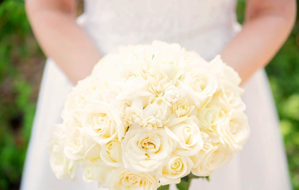 Elizabeth's bouquet for her destination wedding