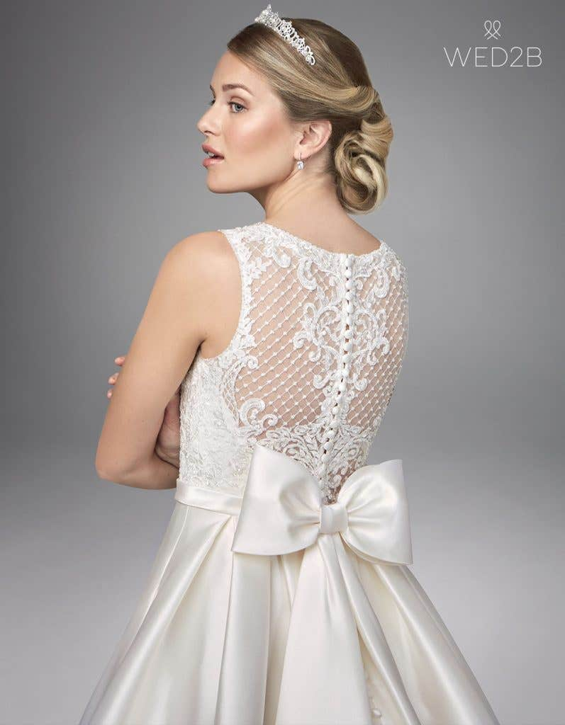 Close-up back view of lace wedding dress Gianna