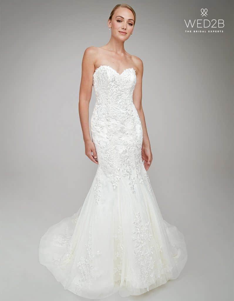 Michaela a lace wedding dress by Anna Sorrano
