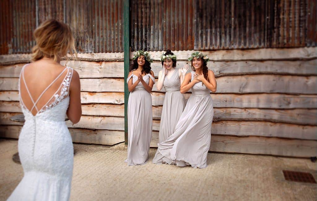 Bohemian beauty for your evening wedding outfit