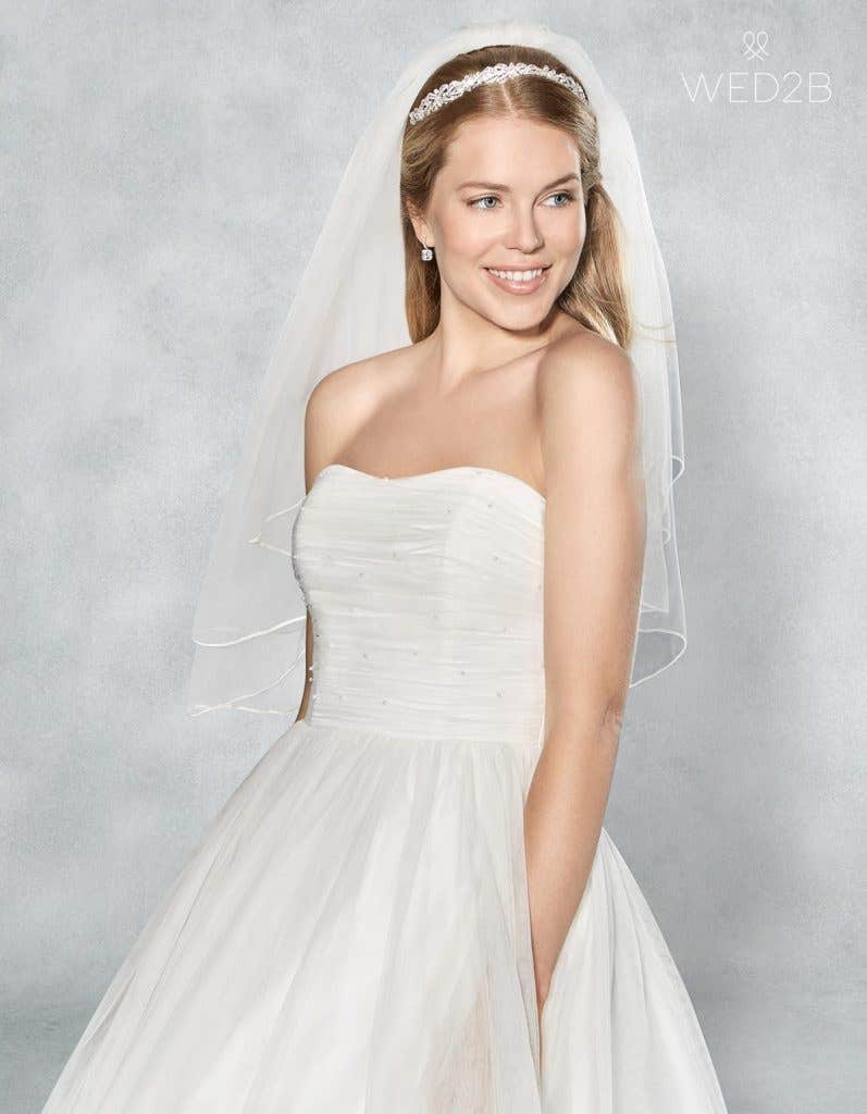 Crop front view of stunning wedding dress Lola