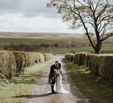 Real Weddings Glasgow: Hazel and Ross's laid-back farm wedding