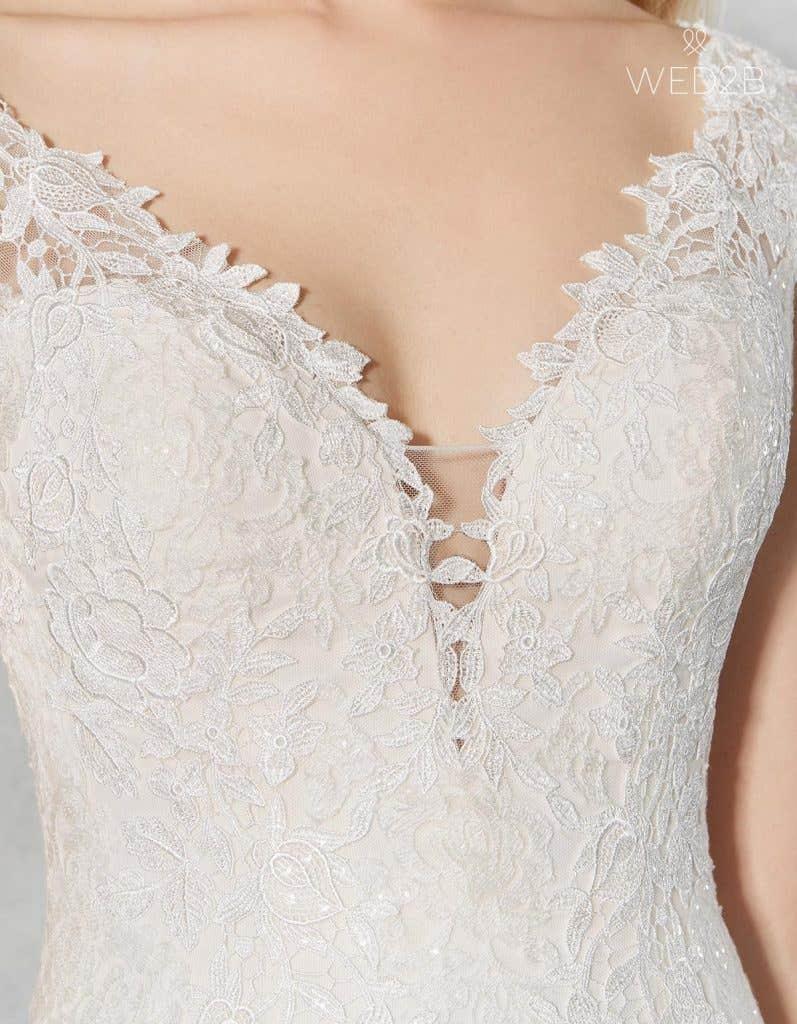 Detail view of romantic wedding dress Jamie