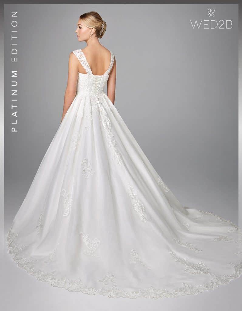 Back view of wedding dress with straps Karolina