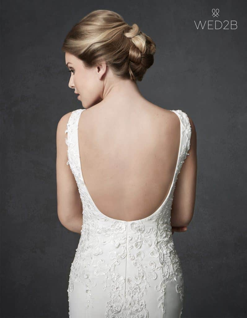 Back crop view of sleeveless wedding dress Odyssey