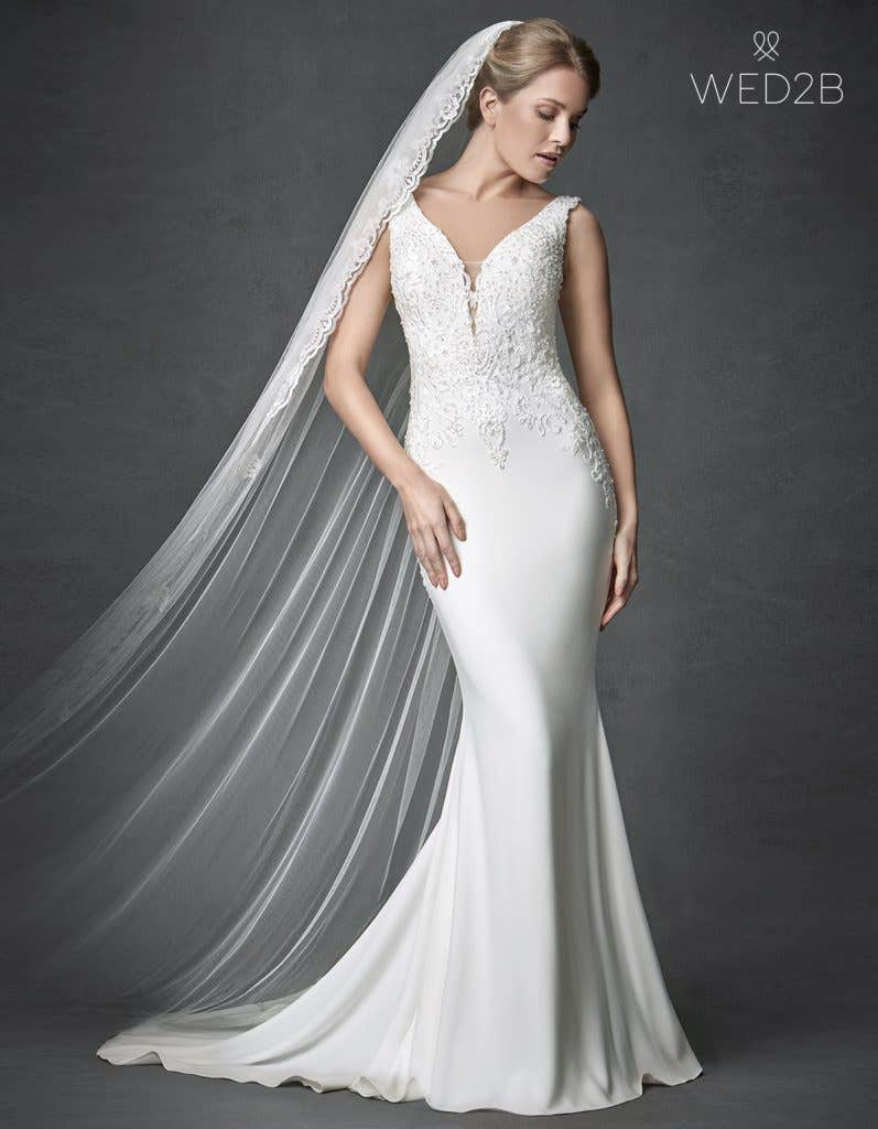 Front view of sleeveless wedding dress Odyssey