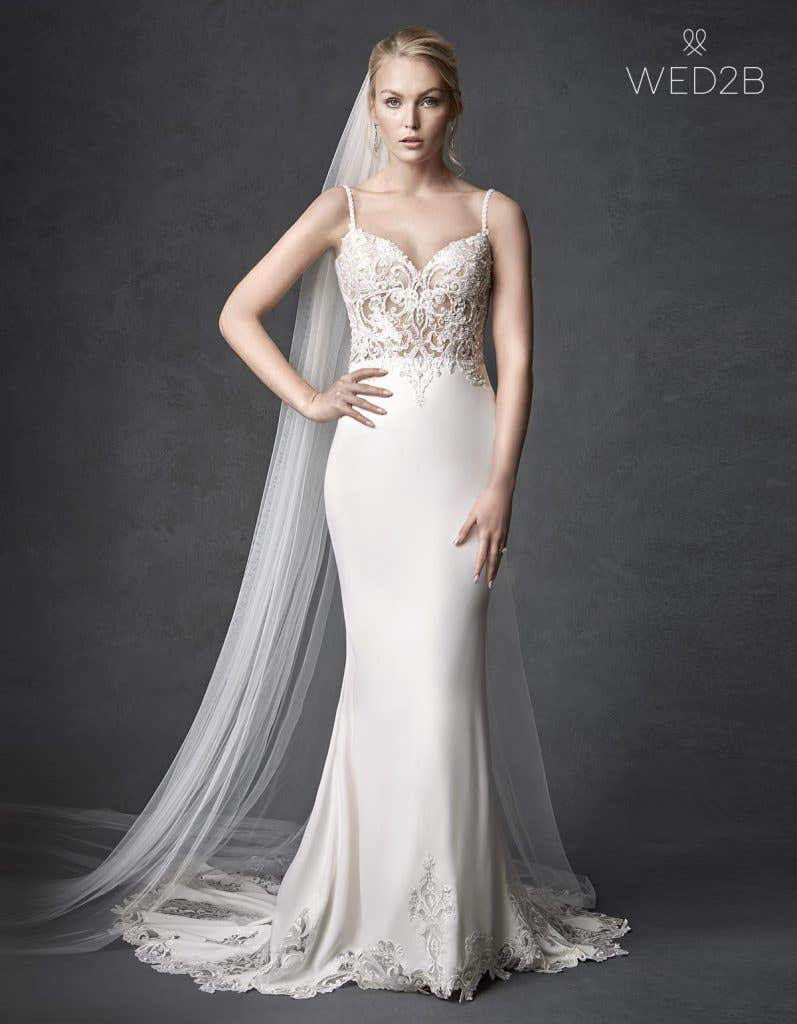 Front view of beautiful wedding dress Orlando