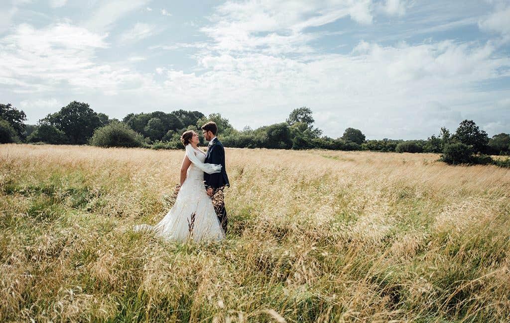 A wonderful countryside wedding photograph