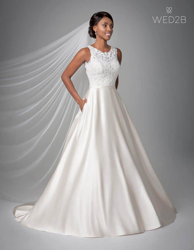 Front view of Destin, a wedding dress by Anna Sorrano