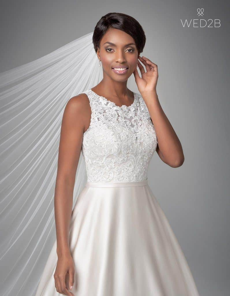 Close-up front view of Destin, a wedding dress by Anna Sorrano