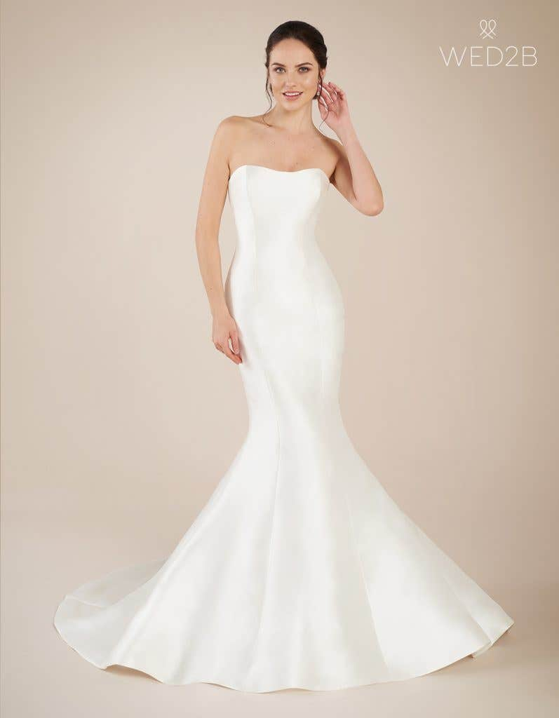 Front view of Dolce, a wedding dress by Anna Sorrano