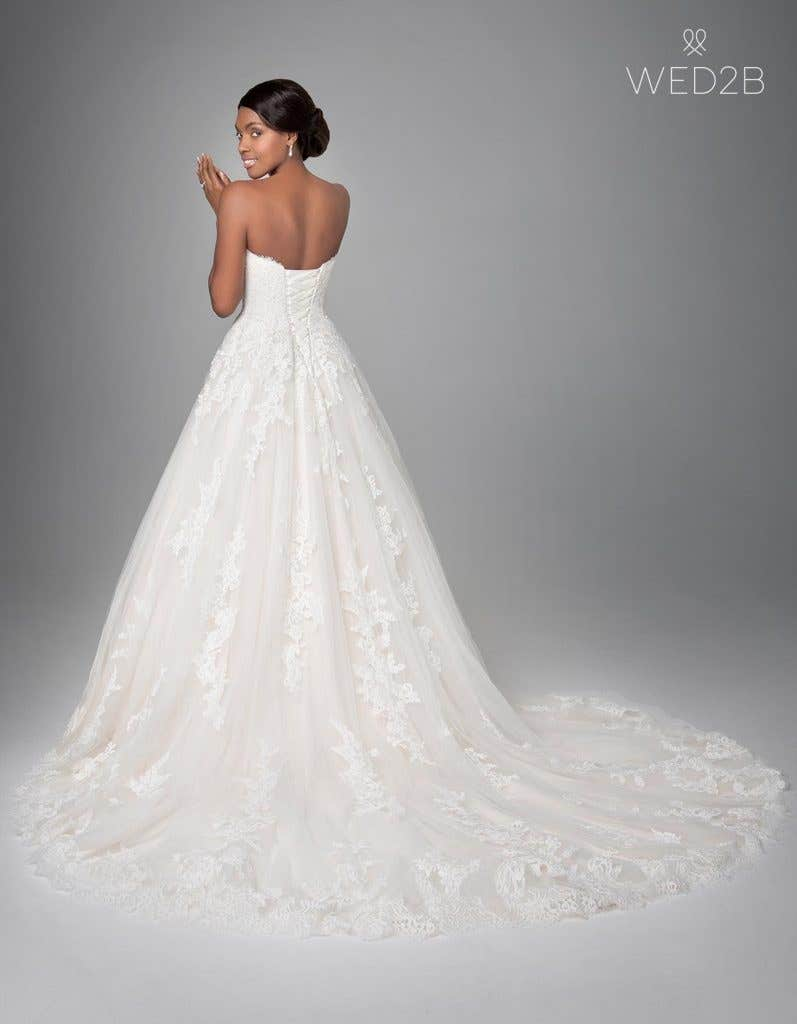 Back view of classic wedding dress Georgette by Anna Sorrano