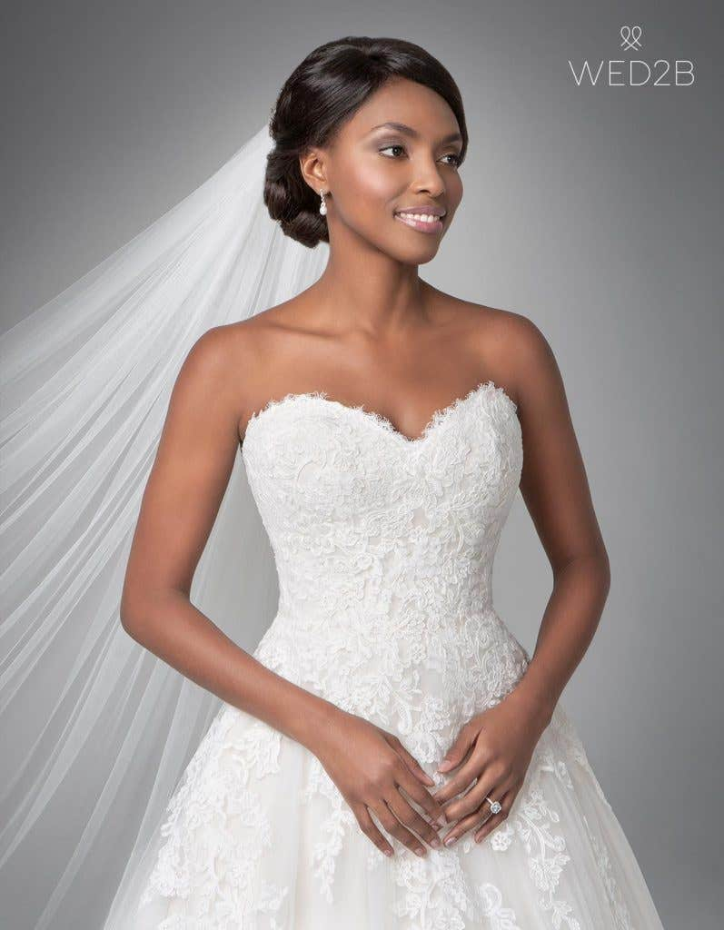 Close-up front view of classic wedding dress Georgette by Anna Sorrano