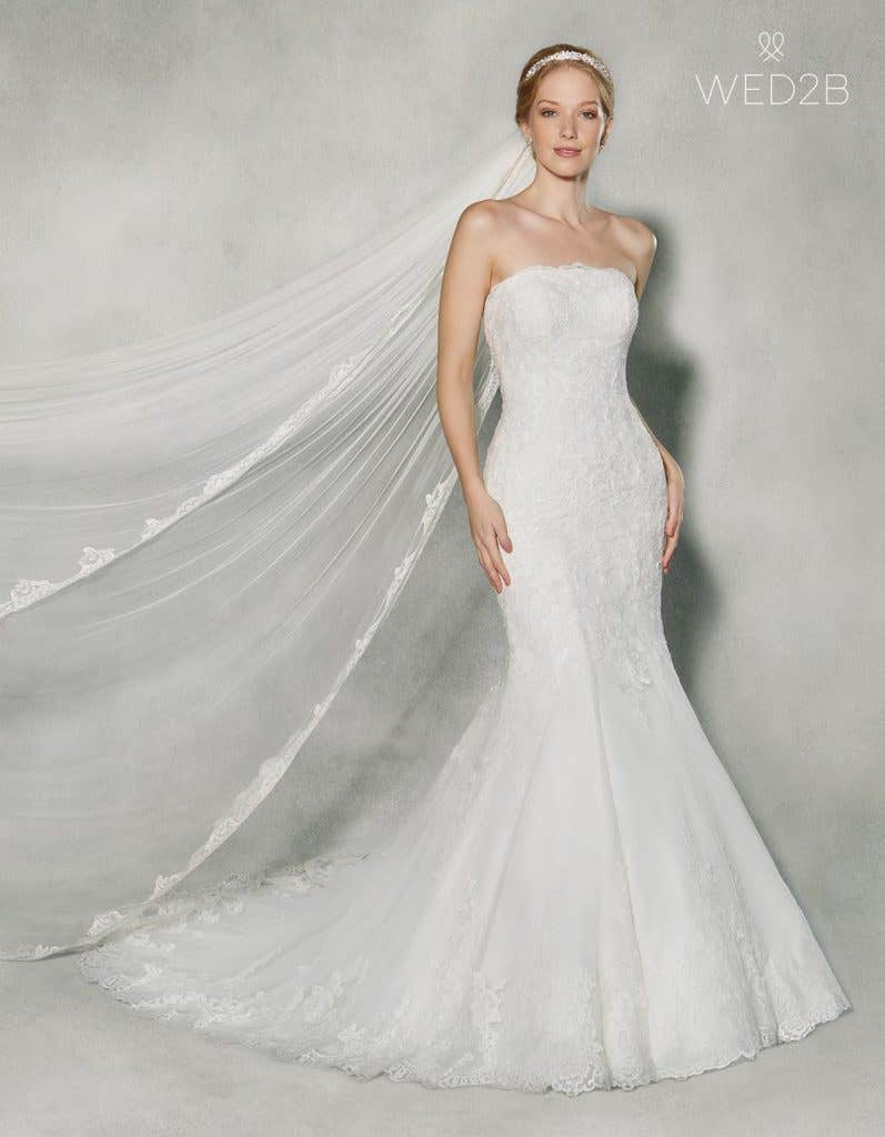 Front view of classic wedding dress Jensen by Anna Sorrano