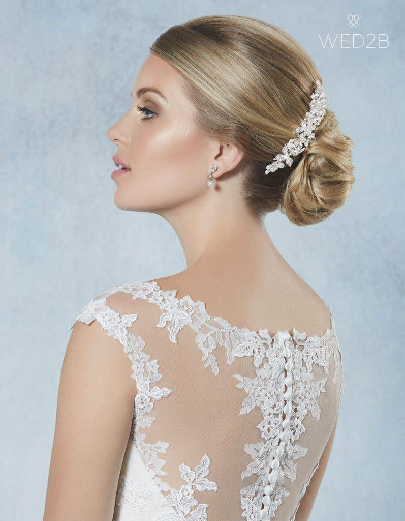 Back view of Odetta from Amixi, a hair accessory with key 2020 wedding dress trends