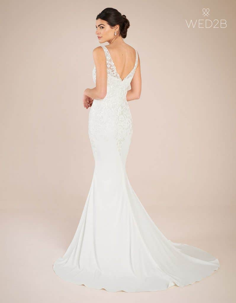 Back view of vintage lace wedding dress Sorrento by Anna Sorrano