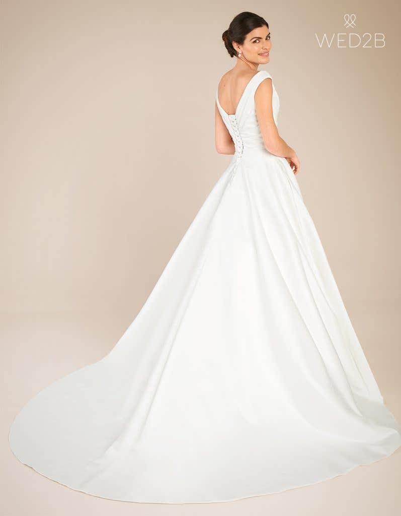 Back view of classic wedding dress Tara by Anna Sorrano