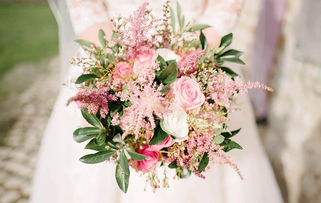 The brides beautiful bouquet at her November wedding
