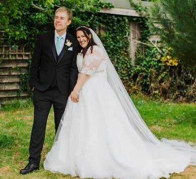 Real Weddings Milton Keynes: Hayley and John's fun-filled Hertfordshire wedding