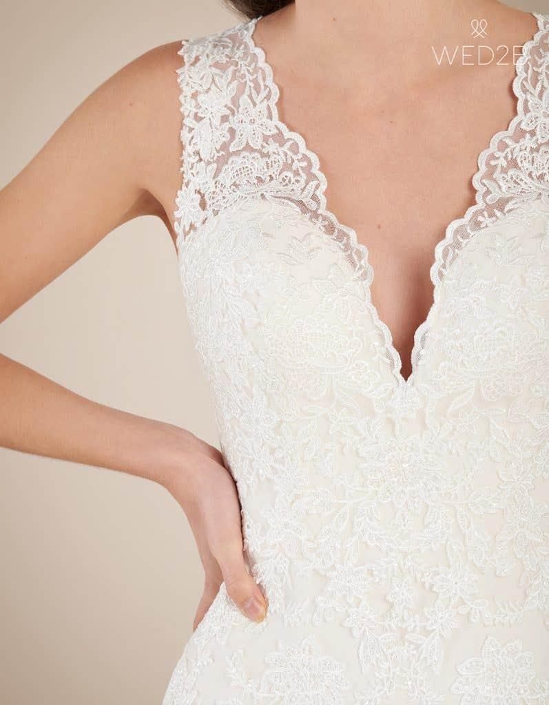 Detailed view of princess wedding dress Ferris by Viva Bride